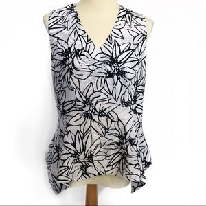 NWT Ellen Tracy sleeveless floral blouse top M